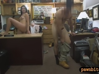 Pretty woman screwed by horny pawn dude