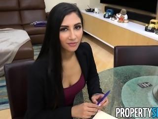 PropertySex Agent Gianna Dior Cheats on Boyfriend