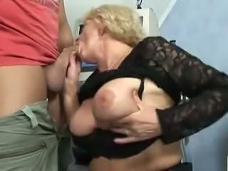 Granny in Pantyhose Fucks
