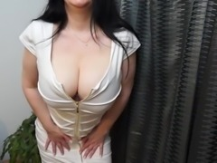 Hot British MILF effectuation with her big breasts