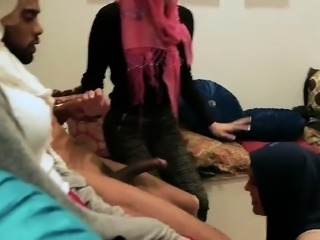 Sex slave shared with allys Hot arab damsels attempt foursom