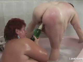 Old fat babe and her girl in bathtub.mp4