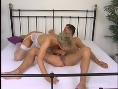 Mature amateur in nylon stockings having her pussy licked before getting...