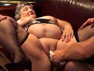 Amateur British group sex guys and females group sex video