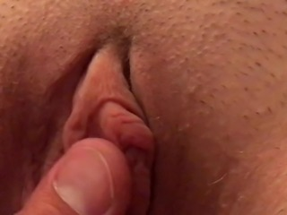 JUICY CLIT PLAY AND PULL... Tug MILF Pussy Lips