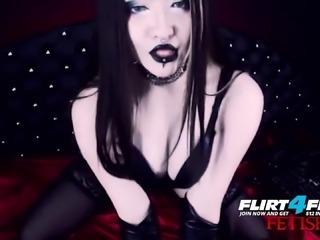 Erny Dark - Flirt4Free - Goth Babe in Latex and Stockings
