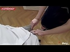 Russian Teen Arwen Gold seduce and fucked by Czech guy