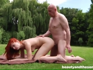 Red heat woman gets an old man to have sex