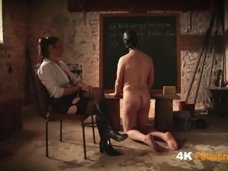 Mistress Dina - Slaves Fetish