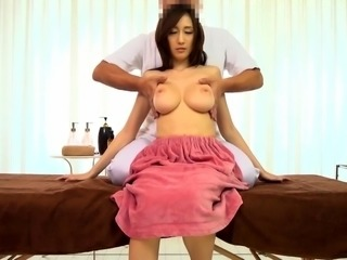 Slender Japanese beauty with big boobs takes a deep drilling
