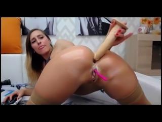 Horny brunette deep anal ass show on cam live