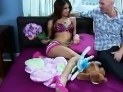 Amateur brunette works on a big cock