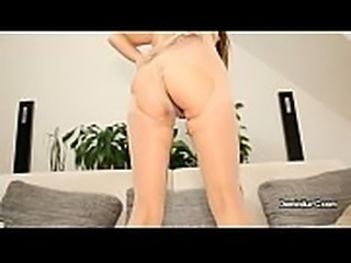 Dominica C changes her panti tights and shows her big pussy lips