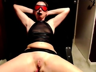 Submissive brunette enjoys strong orgasms and blows a cock