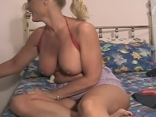 CHARLEYGIRL RARE VINTAGE CAM SHOW 5 . WHAT IS HER REAL NAME?