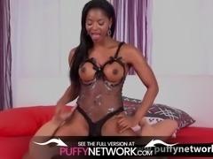 Ebony girl gets messy blowjob and fuck