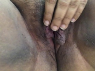Tight cunt cant take dildo