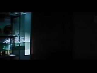 Exterminadores do alem contra a loira do banheiro