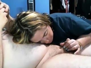 Small cocked dude receiving handjob