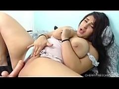 Katy Bloom big tits squirts live on cherryfreecams.com