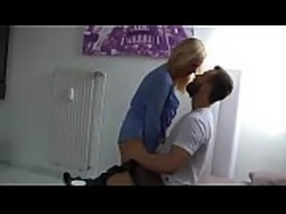 Horny Milf enjoys being fucked in casual date - I met her on Nenahot.com