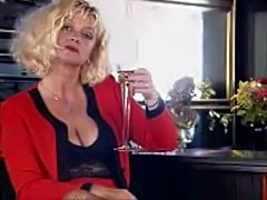 Yvonne, German Mature likes Anal ...F70