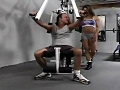 Sexy female bodybuilder fucks good