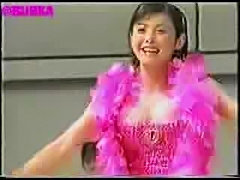 Nipple slip - asian girl dancing