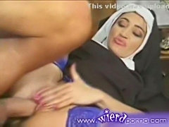 Das Abendmahl - Nun is fucked hard in all her holes - XVIDEO free