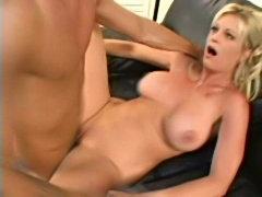 Brooke Squirts-again free