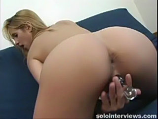 Blonde samanatha sharp inserts crystal dildo in her pussy  free
