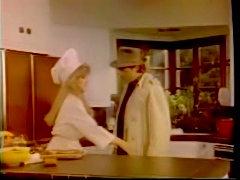 Classic Vintage Retro - DiamondClip - DC7 - Cozy Kitchen