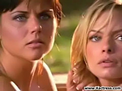 Jaime pressly and tiffani amber thiessen  free