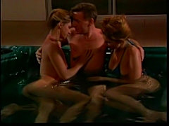Jacuzzi threesome free