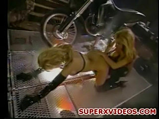 Amateur lesbians play with dildos -jenna jameson-jill kelly  free