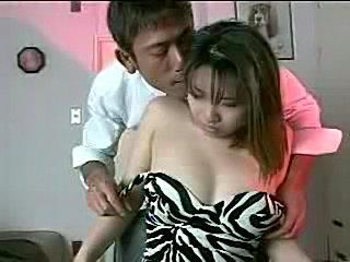 Asian slut does her job  free