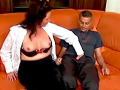 Old slut anal fucking a young cock