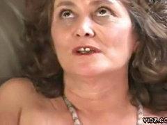Cobwebbed pussy digged by dildo