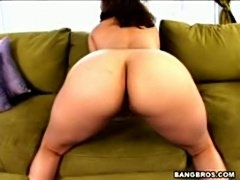 Horny Mature slut pounded in her bouncy ass and facial
