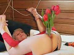 Amateur wife St valentine pussy fisting
