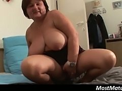 Chubby mature housewife masturbating