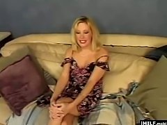 Blonde MILF have a fast sex and cum fast