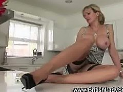 Mature Lady Sonia gets hot