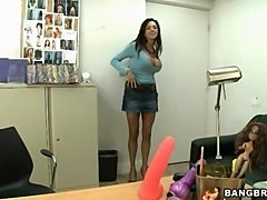 Should I take my clothes off? Sure (Bang Bros » Backroom MILF)