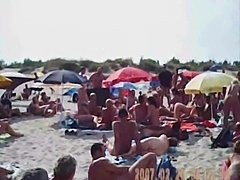 Blowjob on nudist french beach - xHamster.com