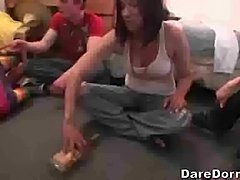 Spin the bottle (Dare Dorm)