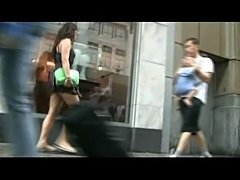 Upskirt Amateur on the Street