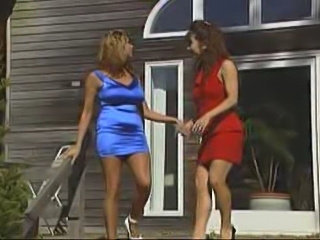 Raylin in lesbian scene with a strapon