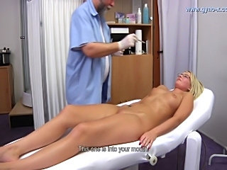 gynoexam of czech girl