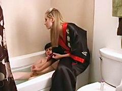 Long handjob on the tub